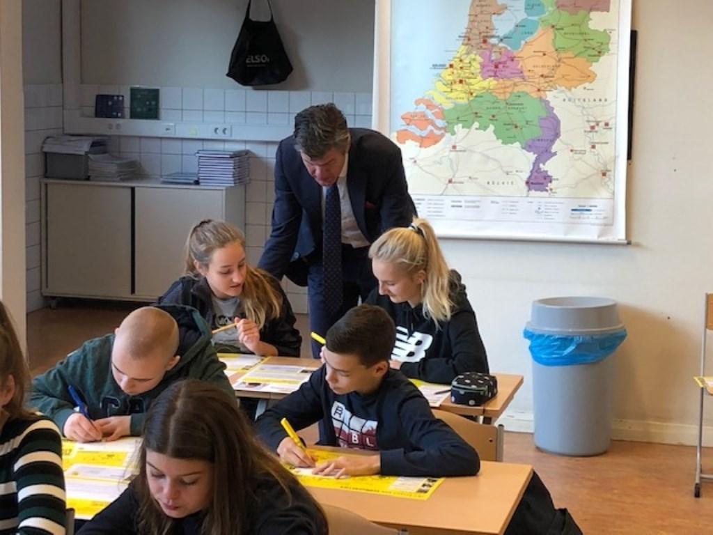 Foto: M. Glorie, docent Clusius college Castricum © Uitkijkpost Media B.v.