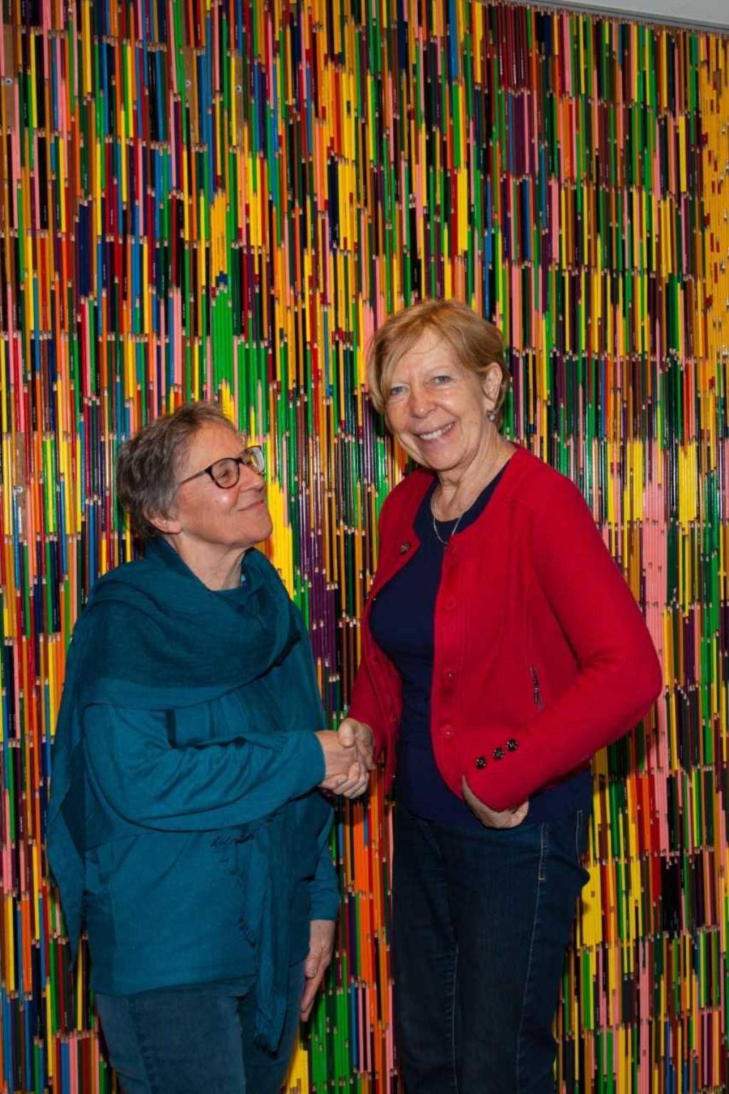 Links Nienke Witkamp en rechts Jellie Wiersma