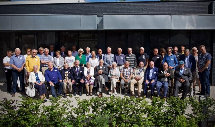 Alle veteranen met een naaste en de burgemeester en de wethouders.