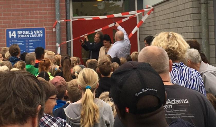 De feestelijke opening door de burgemeester.