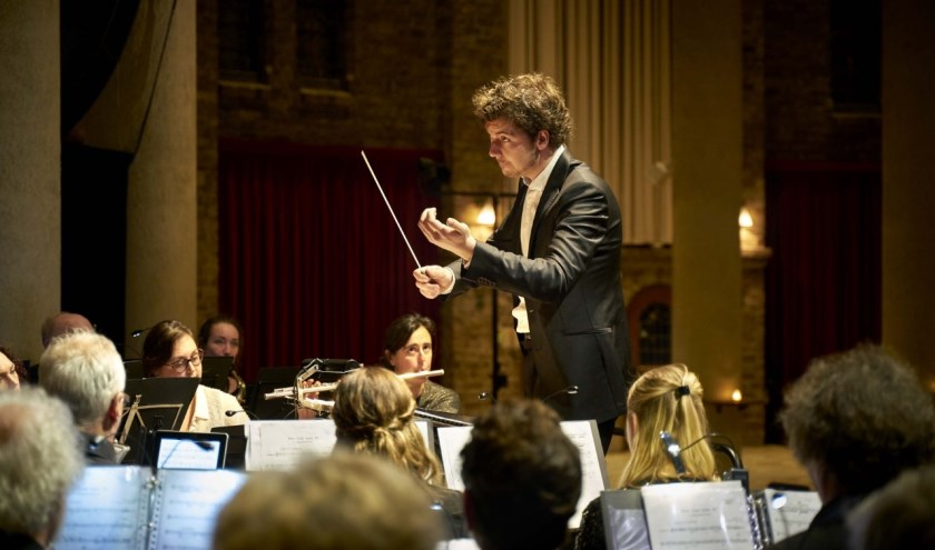Harmonie Caecilia o.l.v. dirigent Zoran Rosendahl.