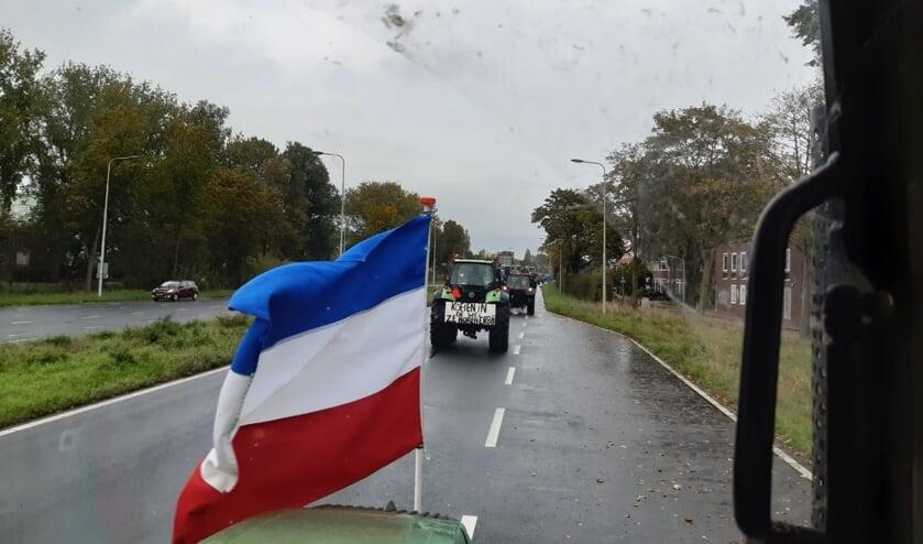 De omgekeerde vlag is in de zeevaart een teken van nood.