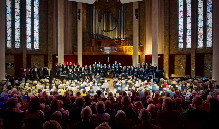 Veel aanwezigen In de Cultuurkoepel tijdens de uitvoering 'Groeten uit Wenen!'