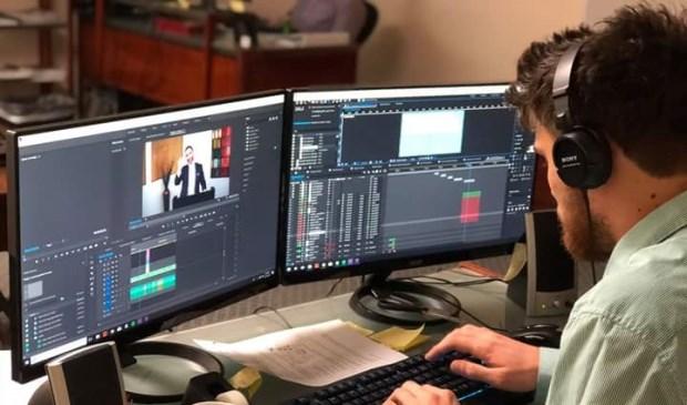 Een hobby waarvan je gemakkelijk je beroep kan maken is videobewerking.