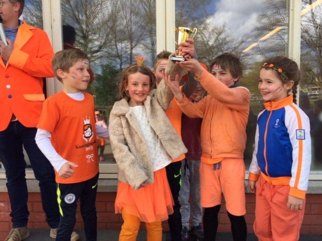 Paulusschool: deze kinderen vielen in de prijzen bij de zeskamp.  Foto: aangeleverd © Uitkijkpost Media B.v.