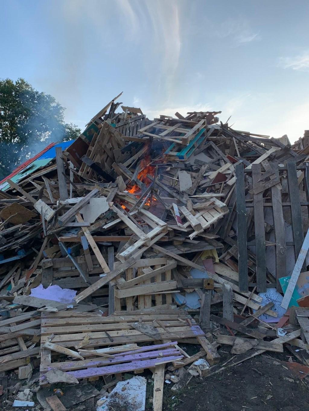 Van binnenuit ontstaat het vuur.  Foto: Jack Schaap © Uitkijkpost Media B.v.