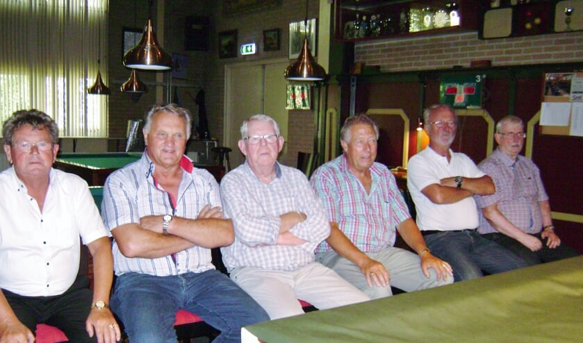 V.l.n.r. Gert Tuyn, Sjaak Hink, Rein Kruijer, Ton de Zwart, Klaas Zwaan en Ton Boerhof.