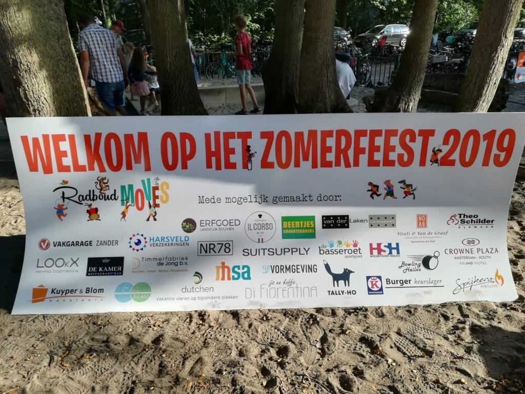 Dankzij de vele sponsoren was er veel mogelijk en waren er mooie prijzen voor de loterij.   © Uitkijkpost Media B.v.