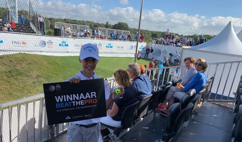De 12-jarige Vince is hartstikke trots dat hij heeft gewonnen!
