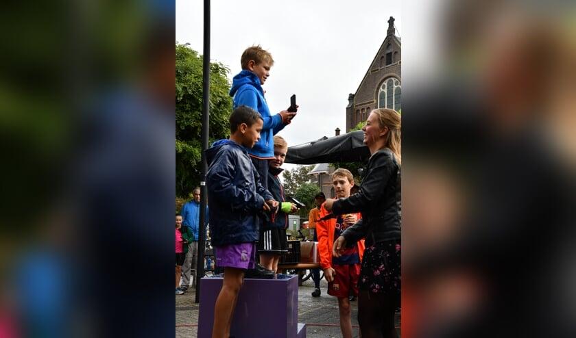 De prijswinnaars van de jongens t/m 8 jaar: Viggo, Noa en Collin.