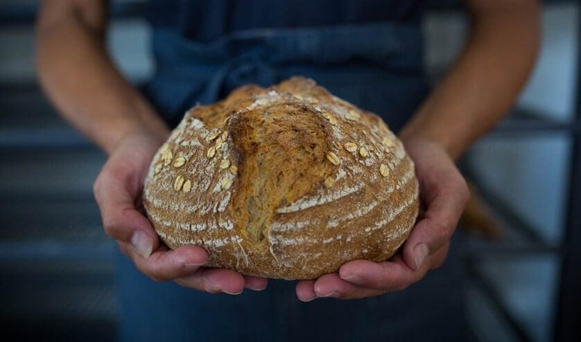 Het brood van Bak'm heeft een open structuur en een krokante korst.