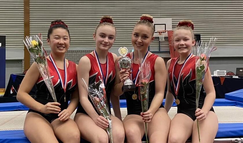 Het team van Sheila, Elise, Brechtje en Sjoerdje werd Nederlands Kampioen.