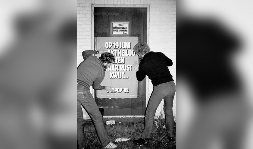 <p>Aanplakactie voor festival Bukpop in Heiloo, 1982.</p>