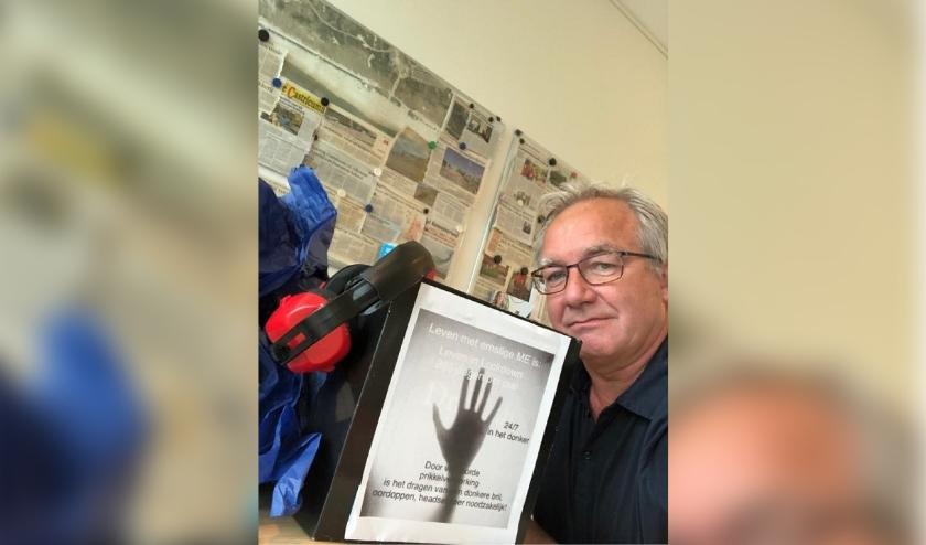 Wethouder Ron de Haan met petitie 'leven met ernstige ME'