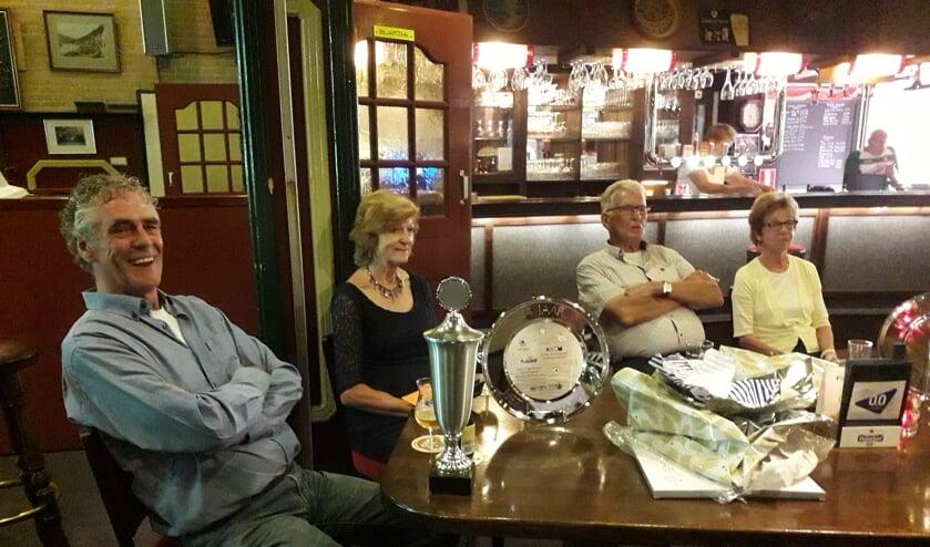 Sportcafé Het Vennewater neemt afscheid van Ans, Aris en Kees de Wit.