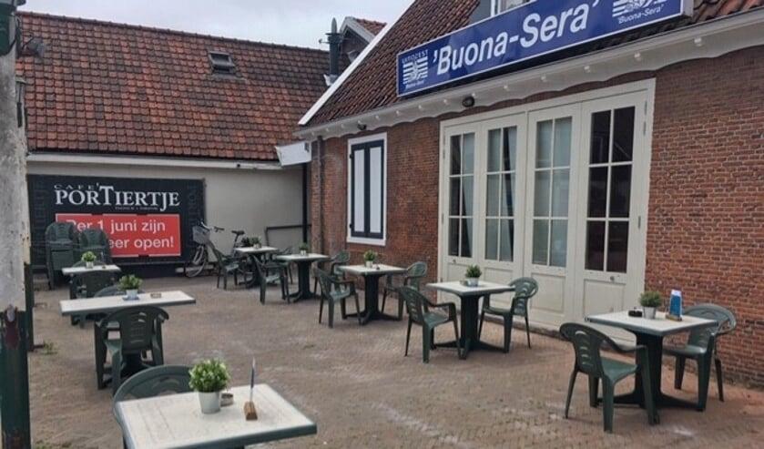 Het extra terras bij café 't Portiertje.