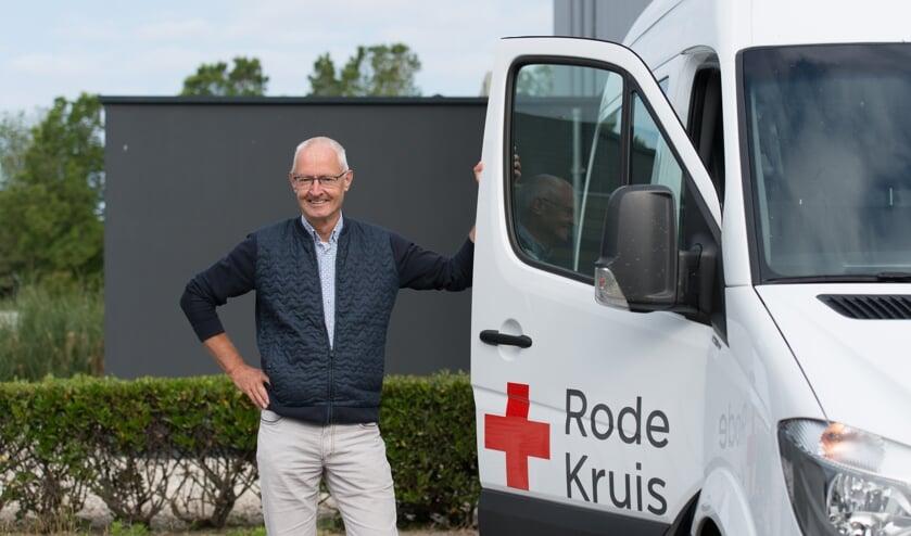 Cees Kroon, voorzitter van de afdeling Noord-Kennemerland van het Rode Kruis zet zich in voor 'zijn afdeling'.