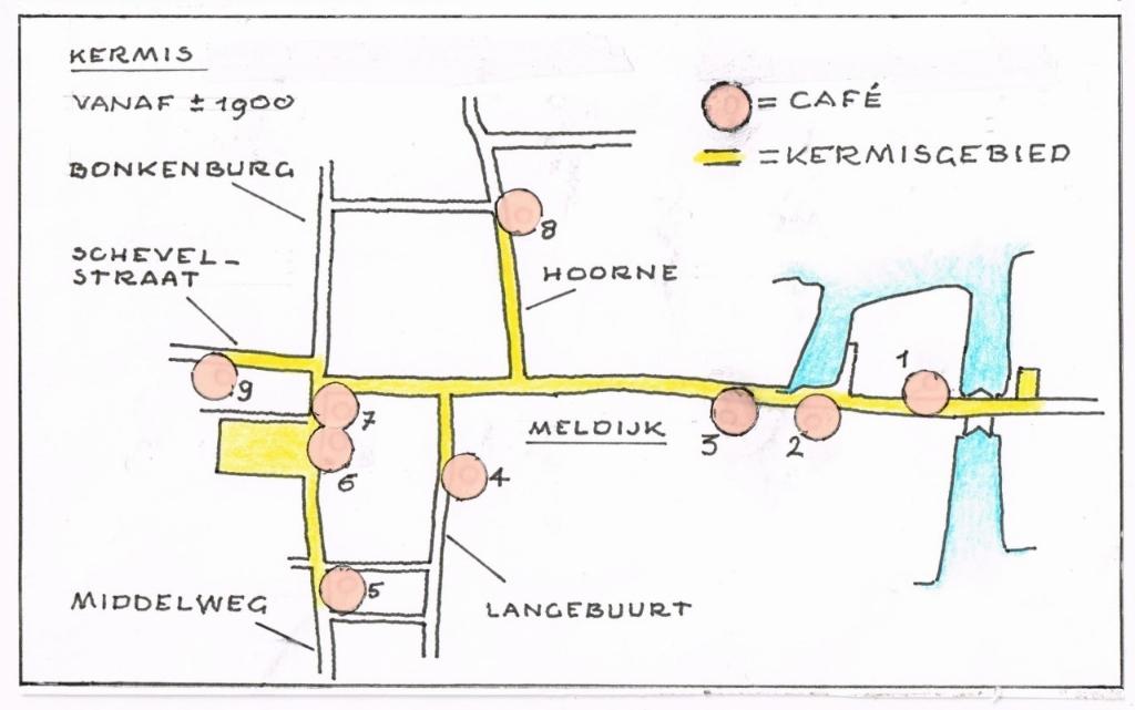 De tekening laat zien waar de cafés in het kermisgebied stonden. Het waren:  1. De Halve maan 2. De Groene Valk 3. Koopmans Welvaren 4. De Landbouw 5. Het Noord-Hollandsch Koffiehuis 6. De Zwaan 7. De Ooievaar 8. De Hollandsche Tuin 9. Het Kleine Café Foto: Illustratie: Jan Deckwitz © Uitkijkpost Media Bv.