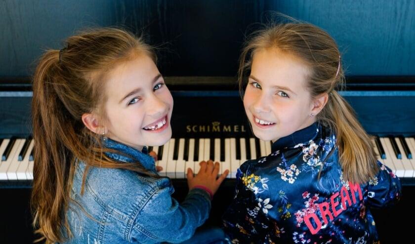 Pianomeisjes.