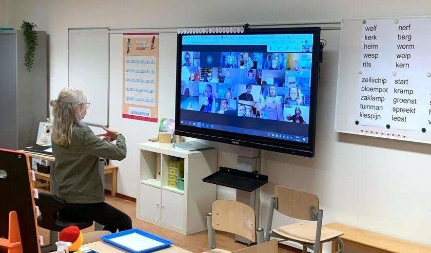 <p>Live online lessen op basisschool Kornak in Uitgeest.</p>