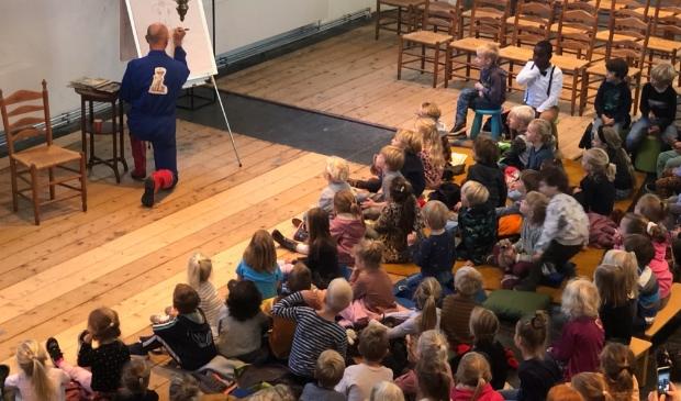 Allerkleinsten vieren Kinderboekenweek in de Witte Kerk