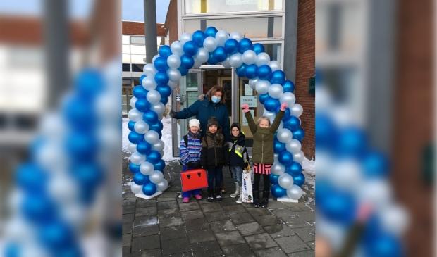 Na een dag extra ijsvrij, konden basisschoolleerlingen na de lange lockdown gelukkig weer naar school!