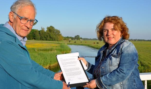 Stichting Kist en Stichting Oer-IJ leggen de samenwerking vast in een overeenkomst.