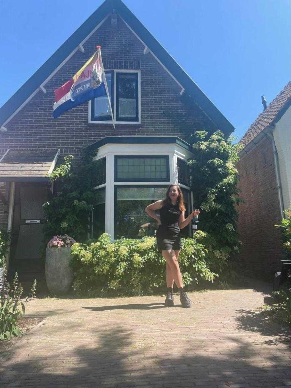 Linda van Rozendaal  11:22 AM Anna van der Molen is  geslaagd voor mavo aan het PCC Foto: aangeleverd © Uitkijkpost Media B.v.