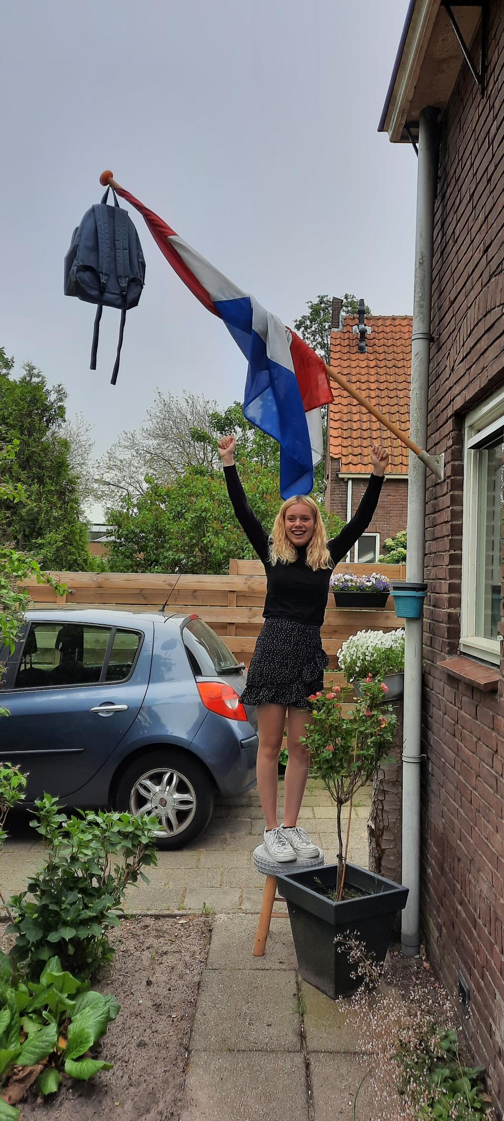 Lieve Martika we zijn apetrots op je.Nu studeren, ga zo door.Liefs pa en mam Foto: aangeleverd © Uitkijkpost Media B.v.