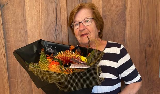 <p>Mevrouw Dam collecteert al 50 jaar voor KWF.</p><p>Foto: aangeleverd</p>
