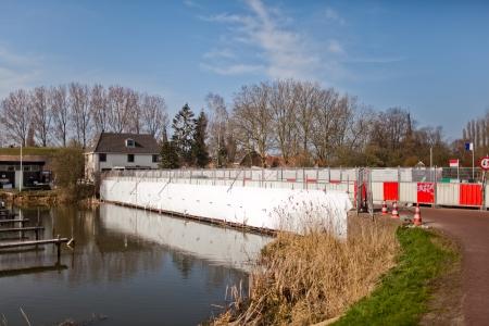 De Fortbrug blijkt jarenlang los op zijn fundering te hebben gelegen
