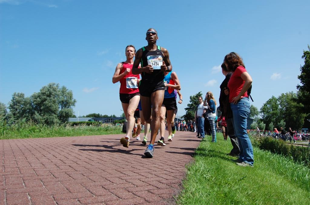 Snelle mannen op de 10 kilometer  © Enter Media