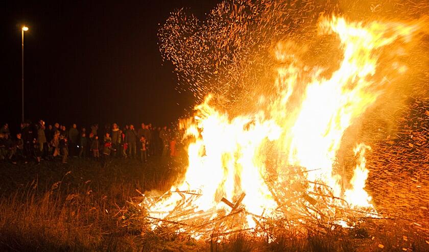 Kerstboomverbranding in Muiden en Muiderberg dit jaar op 10 januari.