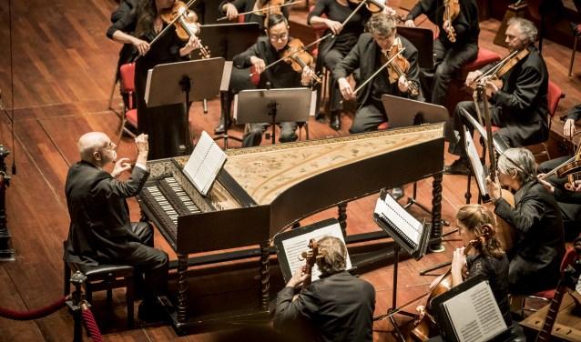 Ton Koopman en het Amsterdam Baroque Orchestra and Choir komen weer naar Laren toe. Deze keer voor het Weihnachtsoratorium.