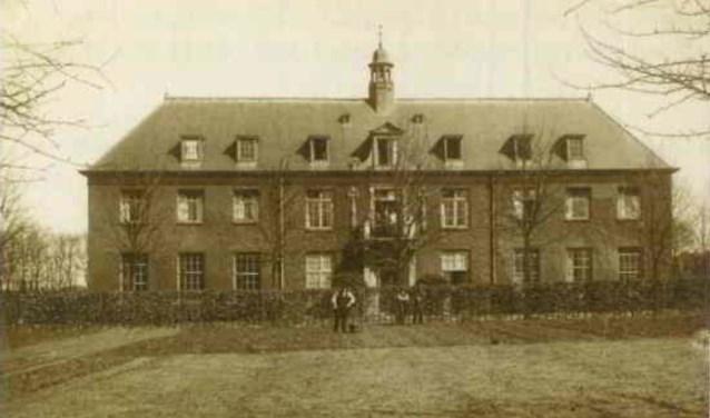 Waar nu Laar en Berg zit, was de Berg-Stichting gehuisvest.