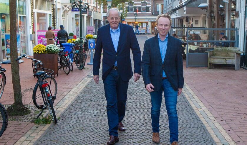 Jelmer Kruyt (r) met Jan Kwekkeboom waar hij samen het Goois Democratisch Platform mee vormde in 2017.