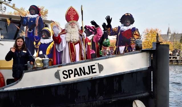 De aankomst van de Sint in 2016.