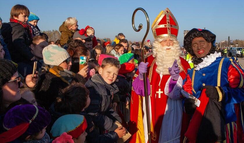 Aankomst Sint Anders En Nu Ook Bruine Streep Pieten
