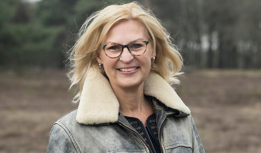 Karin Kos.