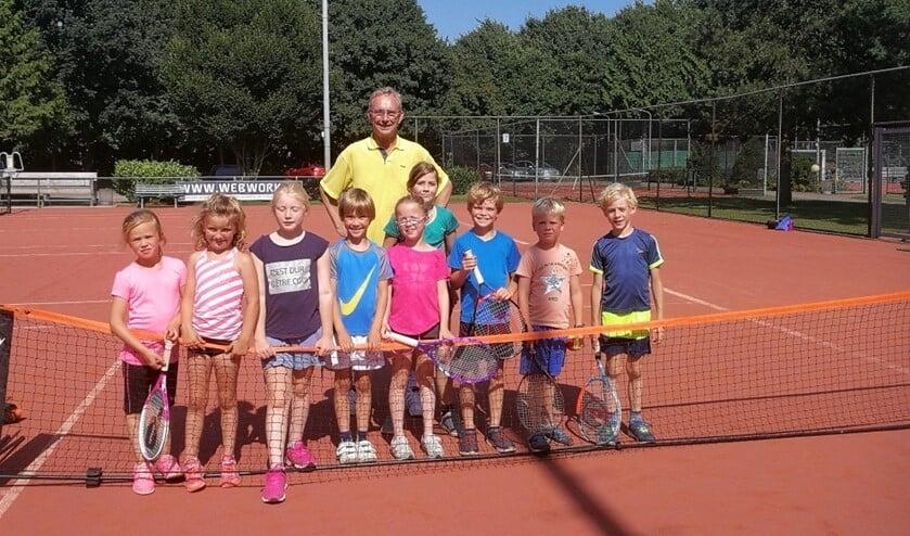Team rood met de jongste deelnemers aan de clubcompetitie.