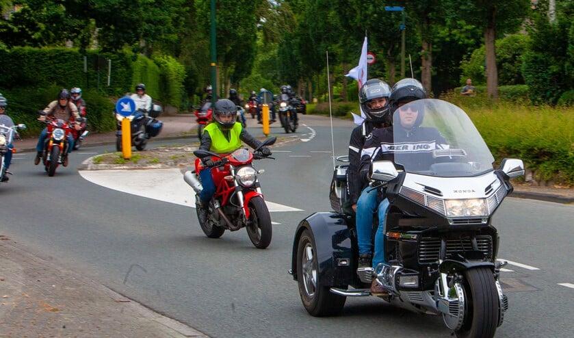 Er worden preventief geen wegen afgesloten in onze regio voor bijvoorbeeld motorrijders of wielrenners.