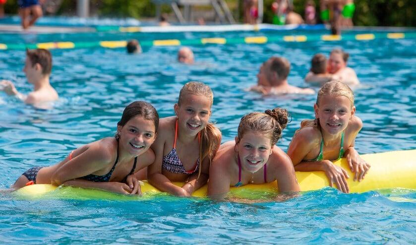Alleen kinderen tot 12 jaar kunnen straks vrij zwemmen, maar voor andere doelgroepen is er ook wat geregeld.
