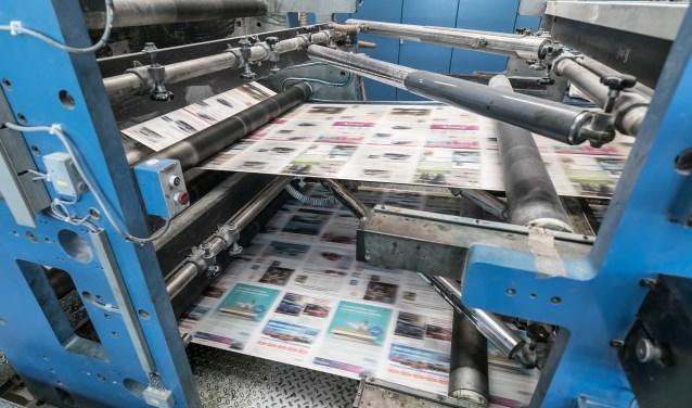 In hoog tempo rolt de krant door de drukpers. Daarnaast gaat het WeesperNieuws binnenkort iets extra's doen.