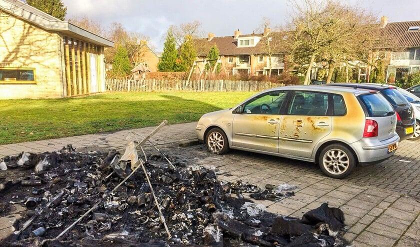 In Bussum moest onder meer een afvalcontainer het ontgelden.
