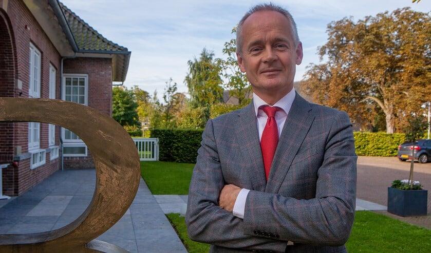 Niek Meijer in Blaricum. Twee jaar geleden wisselde hij ruim twee weken van werk met de burgemeester van Blaricum.