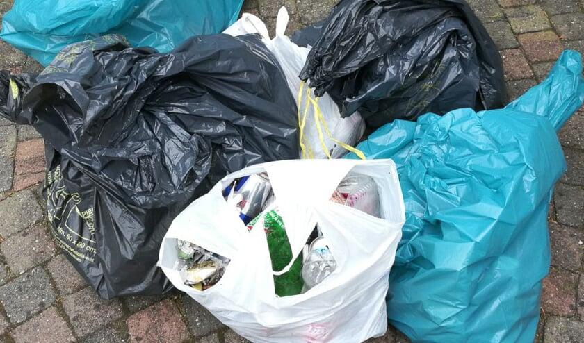 Hoeveel zakken afval worden er woensdag opgehaald?