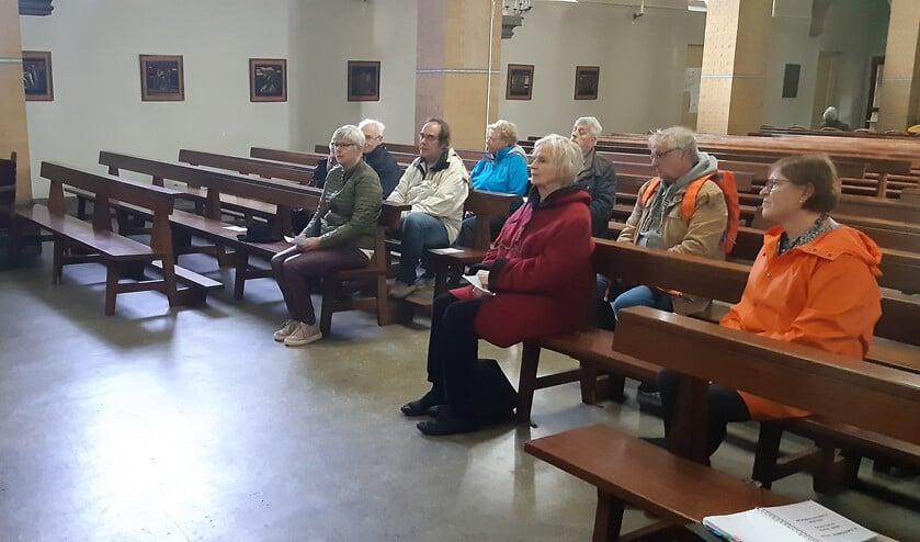 De bijeenkomst in de Sint Petrus' Bandenkerk.