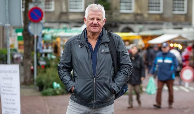Jaap van Deurzen interviewt Weesper ondernemers.