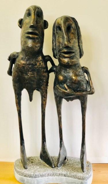 Jean Kamps, 'Koppel', brons op hardsteen.