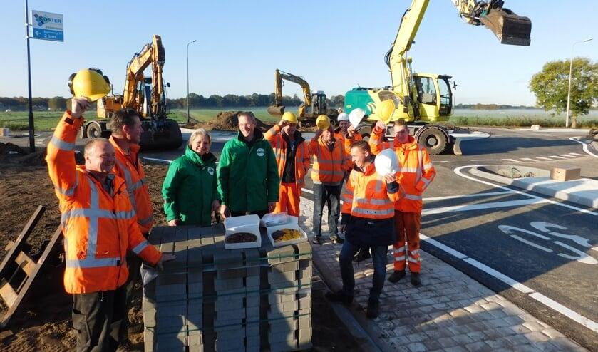 De werklui werden van de week door het CDA bedankt voor het harde werk.